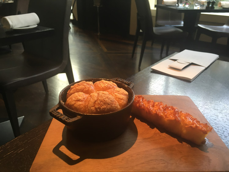 tipsy cake dinner by heston blumenthal london 2 stele Michelin